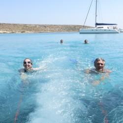 Vacanza in barca vela giochi in acqua