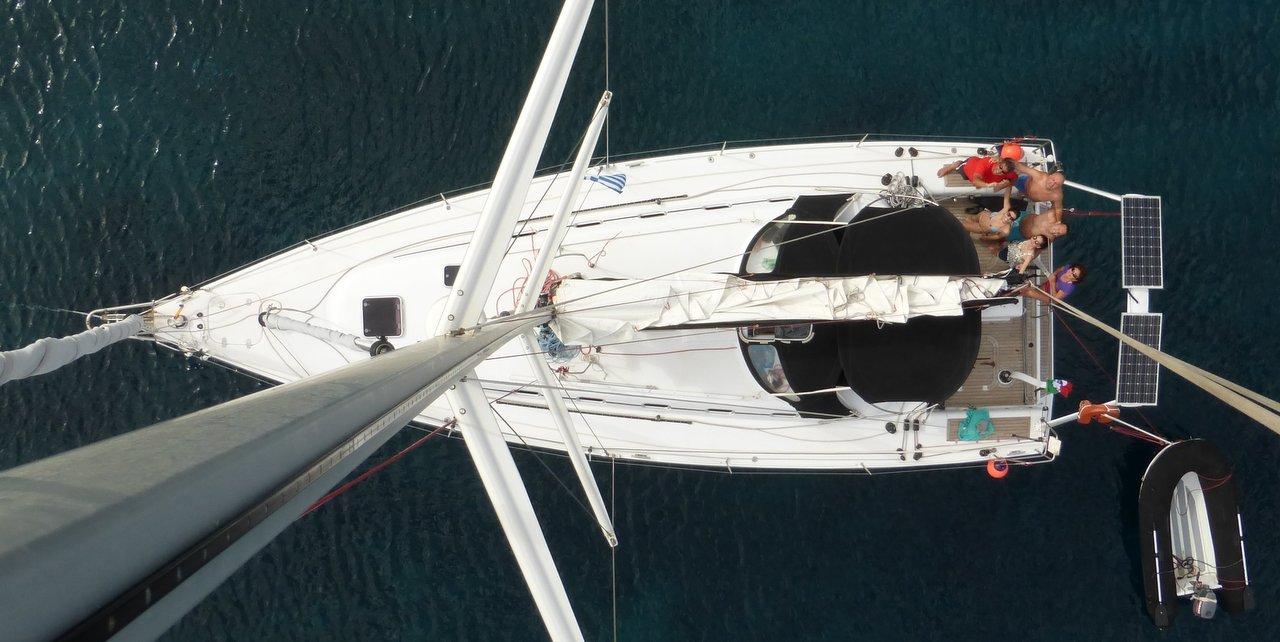 Barca a vela crociera veloce